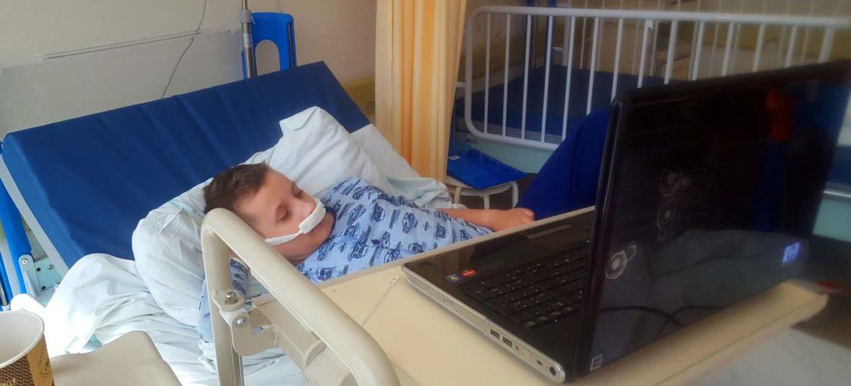 Pobyt Mateusza w Klinice Otolaryngologii przy Uniwersyteckim Centrum Klinicznym w Gdańsku.