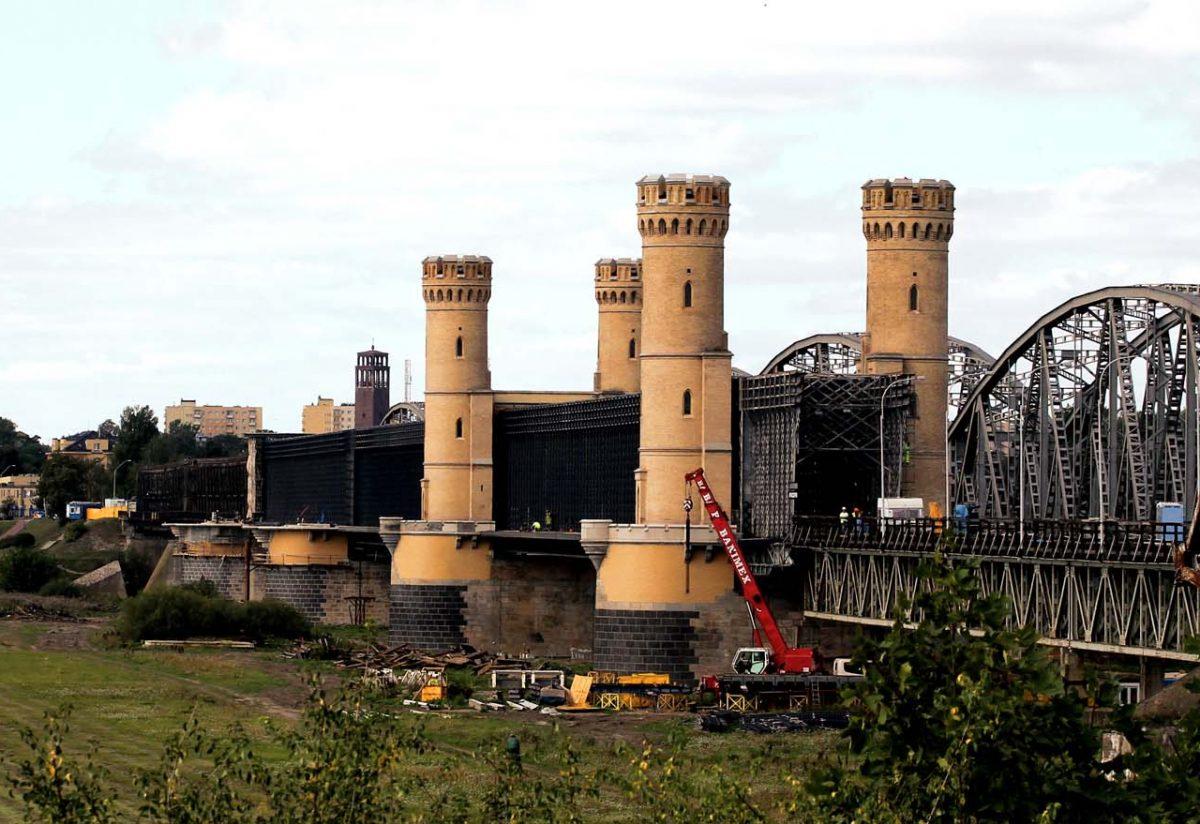 Z drugiej strony Wisły – Tczew i nasze mosty.